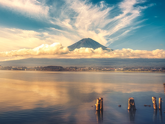 Landscape view of Mount Fuji in Japan