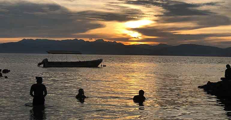 Sunset on Panagsama beach