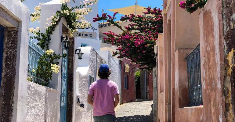 Strolling Greek streets