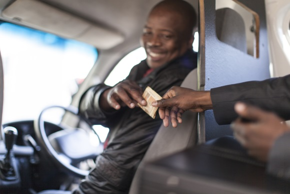 Taxi driver tipping etiquette in South Africa