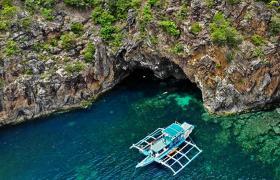 Buhay Isla Island Hopping Coron